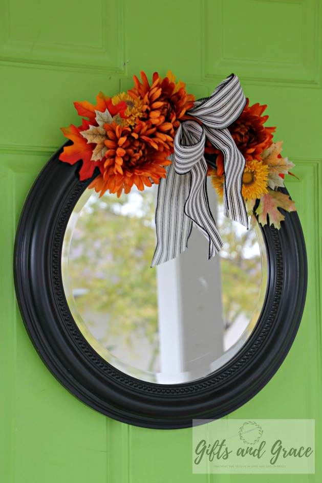 Front door mirrror decor